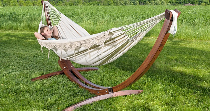 Wooden-Arc-Hammock-Stand-combo