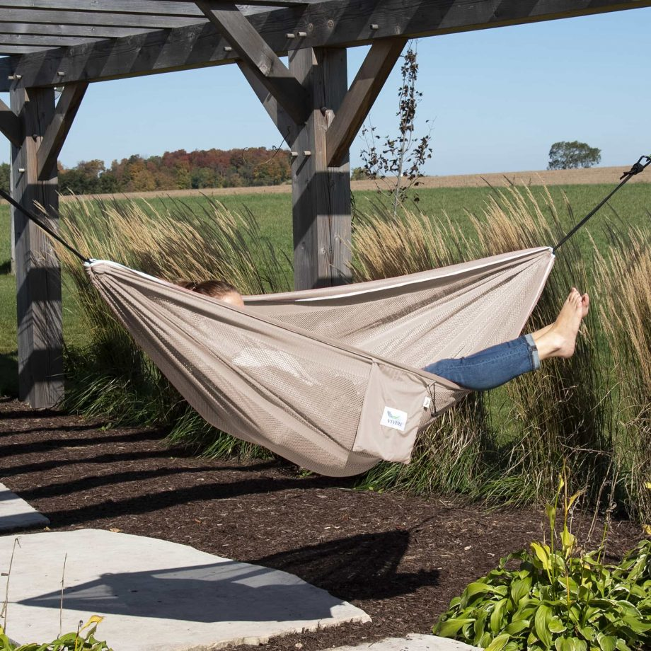 Mesh Double Hammock in Sand and Sky – MESH2-44 Lifestlye