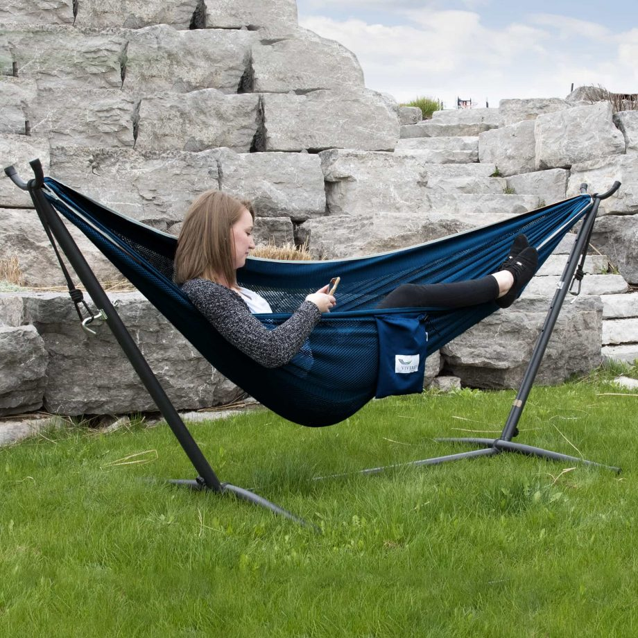 Mesh Hammock Combo in Navy and Turquoise – C8MESH-42-LIFESTYLE